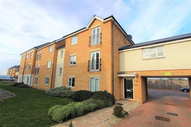 1 Bedroom Flat for sale in Warwick, Crescent, Basildon, Essex, SS15