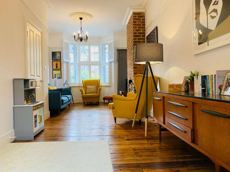 4 Bedrooms House for sale in Blackhorse Road, London