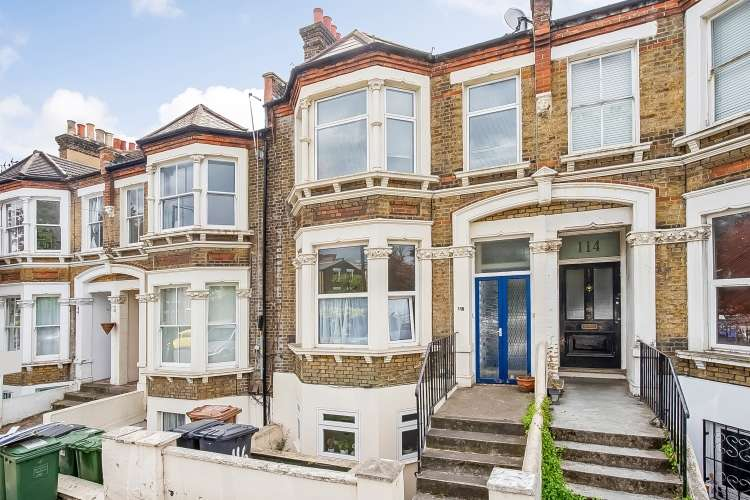 2 Bedrooms Flat for sale in Drakefell Road London SE14