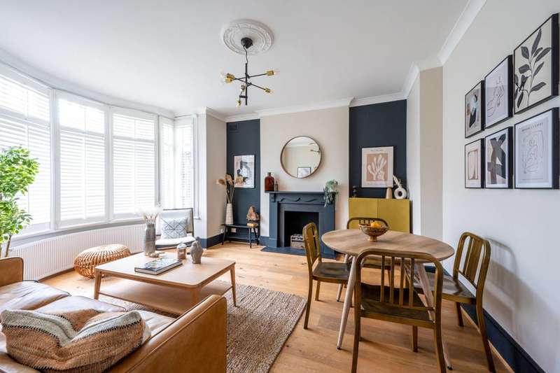 2 Bedrooms Flat for sale in Worple Road, Wimbledon, SW20