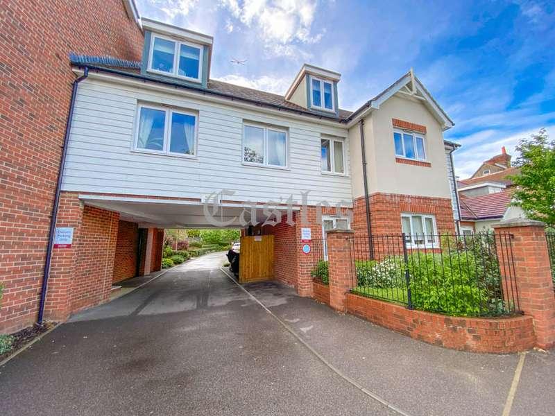 2 Bedrooms Property for sale in King Harold Lodge, Waltham Abbey, Essex, EN9