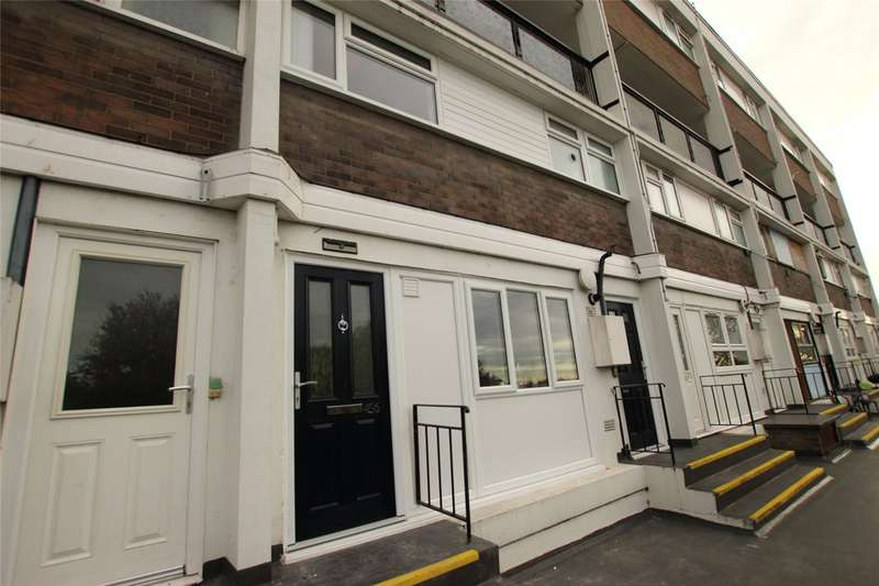 3 Bedrooms Maisonette Flat for sale in Whitmore Way, Basildon, Essex, SS14