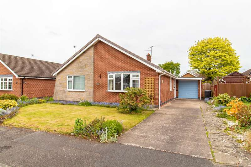 3 Bedrooms Detached Bungalow for sale in Pinfold Close, Woodborough, Nottingham