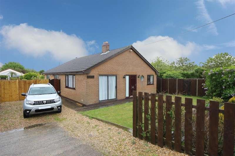 3 Bedrooms Detached Bungalow for sale in Sea Road, Anderby Creek, Skegness