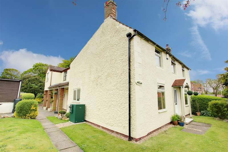 5 Bedrooms Detached House for sale in Main Road, Saltfleet, Louth