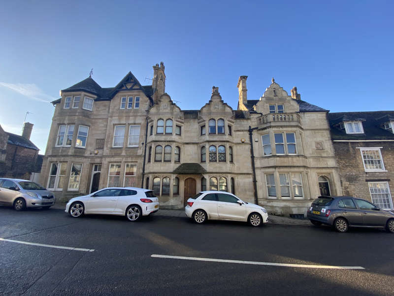 5 Bedrooms House for sale in High Street, St. Martins, Stamford