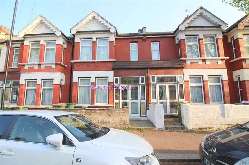 4 Bedrooms Terraced House for rent in Clements Road, East Ham, E6