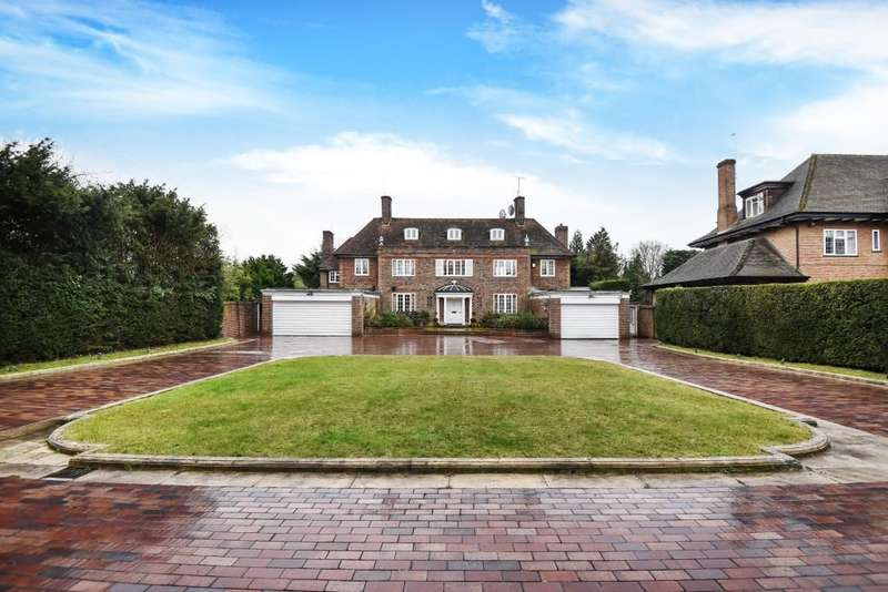 6 Bedrooms Detached House for sale in The Common, Stanmore, HA7
