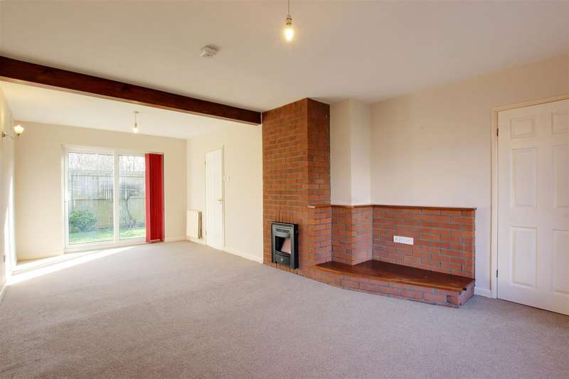 3 Bedrooms Detached Bungalow for sale in Stephenson Close, Alford