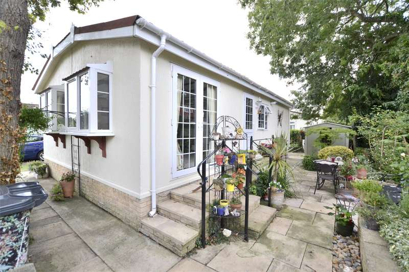 2 Bedrooms House for sale in Woodlands Park, Quedgeley, Gloucester, Gloucestershire, GL2