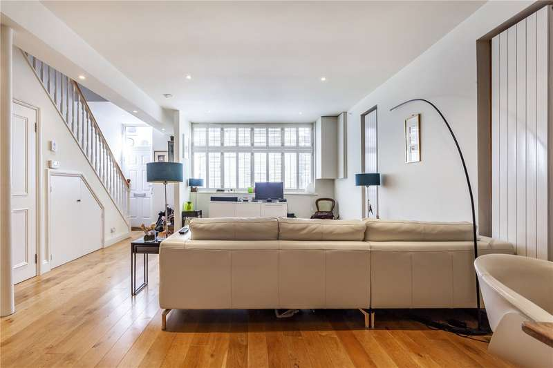 3 Bedrooms Terraced House for sale in Blackstock Mews., London, N4