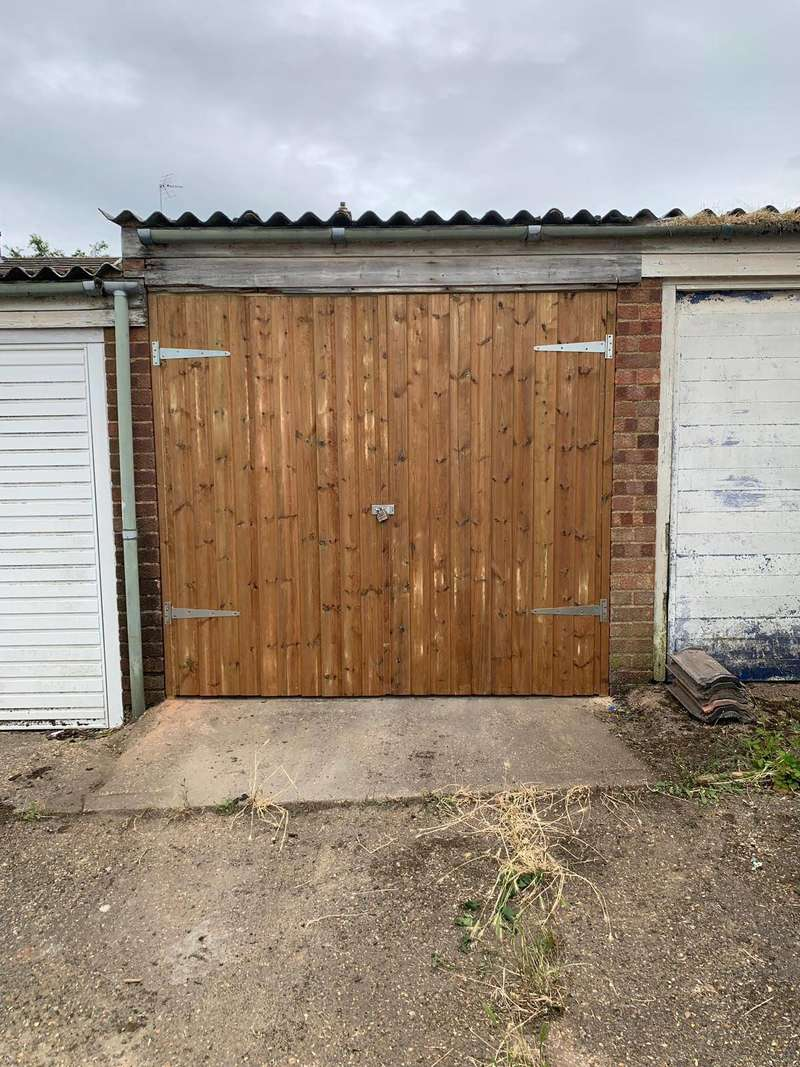 Parking Garage / Parking for sale in Morant Gardens, Romford, Essex RM5