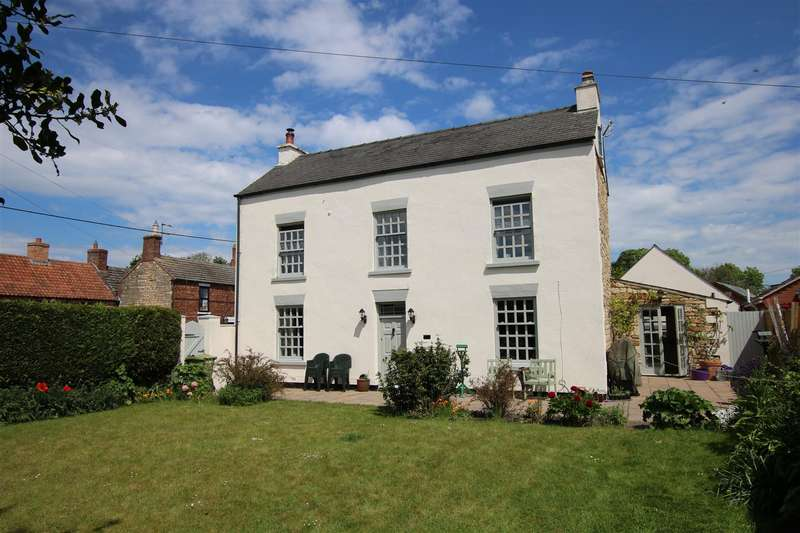 4 Bedrooms Detached House for sale in High Street, Reepham, Lincoln