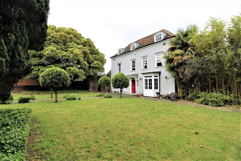 4 Bedrooms Detached House for sale in Chadwell Place, Chadwell by Pass, Grays