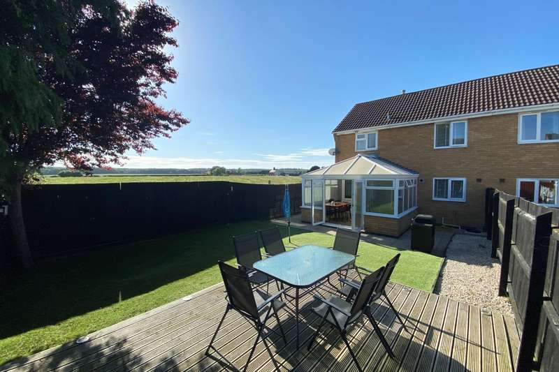 3 Bedrooms Semi Detached House for sale in Beaufort Drive, Bourne