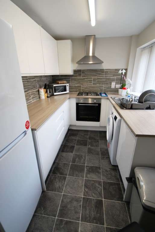 1 Bedroom Terraced House for rent in Padiham, BB12