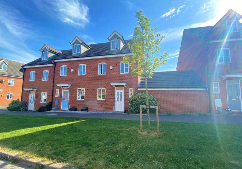 3 Bedrooms Town House for sale in The Pollards, Bourne