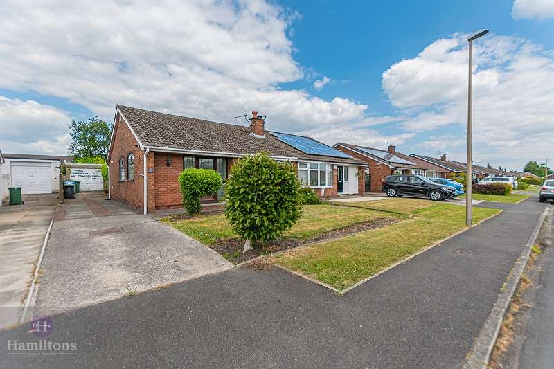 2 Bedrooms Semi Detached Bungalow for sale in Thames Avenue, Pennington, Leigh, Greater Manchester. WN7 3NG