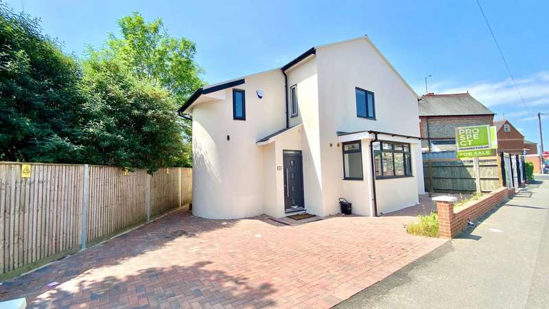 3 Bedrooms Detached House for sale in Liverpool Road, Reading, Berkshire, RG1