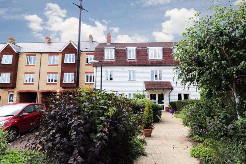 1 Bedroom Property for sale in Ormond House, Rochford, SS4 1PU