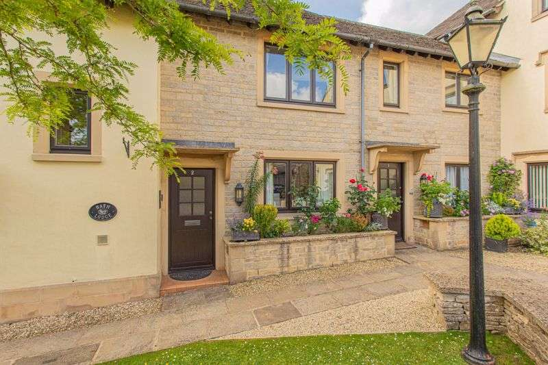 2 Bedrooms Property for sale in Chantry Court, Tetbury