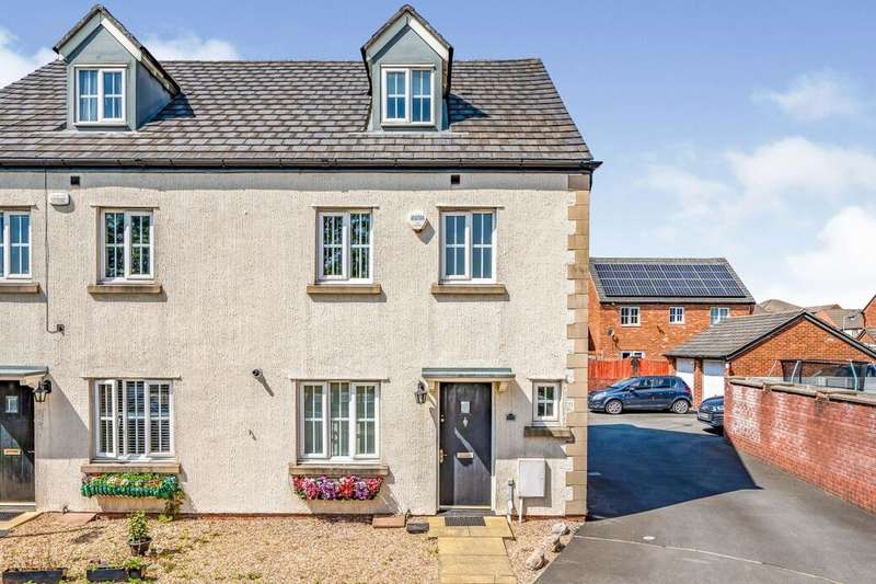 4 Bedrooms Semi Detached House for rent in Redmoss Row, Pendlebury,Swinton, Manchester, M27