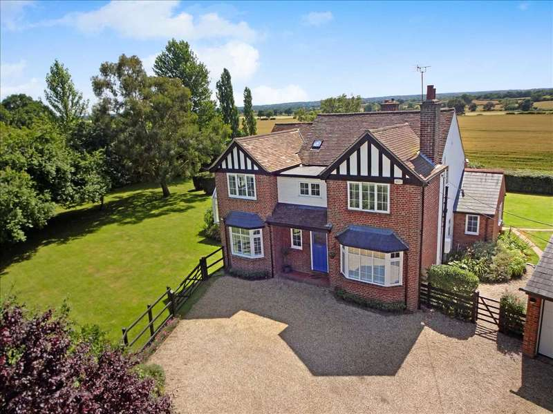 5 Bedrooms Detached House for sale in Hillcroft, Chignal Smealey, Chelmsford