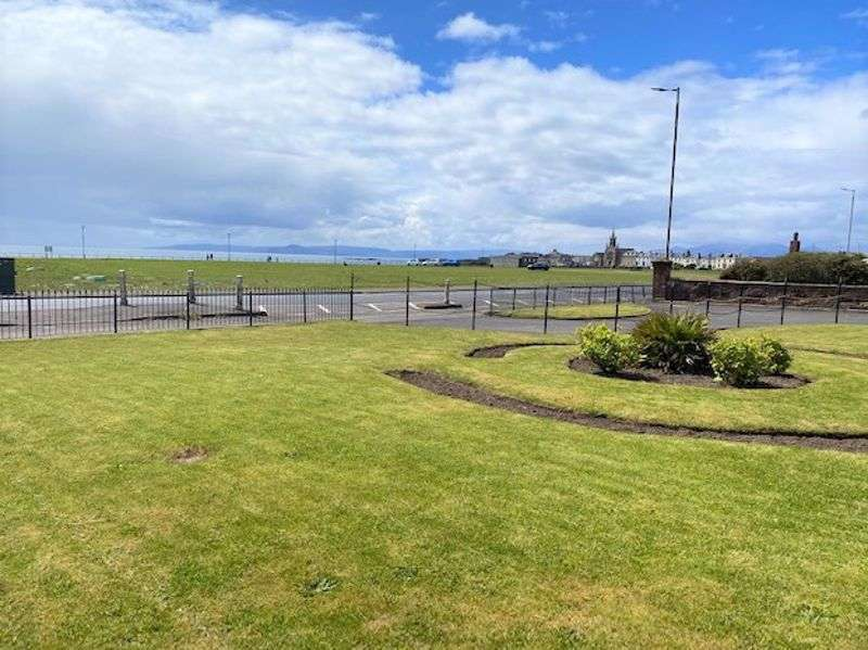 3 Bedrooms Property for sale in South Crescent Road, Ardrossan
