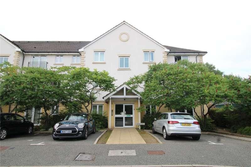2 Bedrooms Apartment Flat for rent in Celandine Grove, London, N14