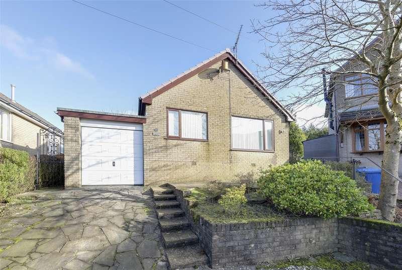 3 Bedrooms Detached House for rent in Hameldon Road, Loveclough, Rossendale