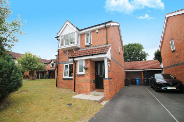 3 Bedrooms Detached House for sale in Plovers Way, Blackpool, FY3