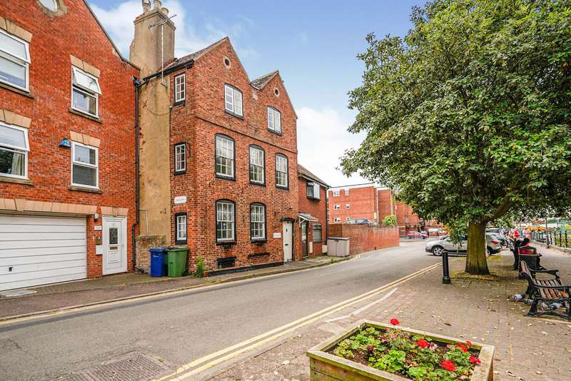 4 Bedrooms Terraced House for sale in Back of Avon, Tewkesbury, GL20