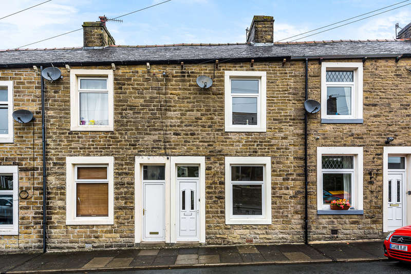3 Bedrooms Terraced House for sale in Smith Street, Barnoldswick