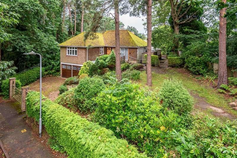 3 Bedrooms Bungalow for sale in Grant Road, Crowthorne, Berkshire, RG45 7JL