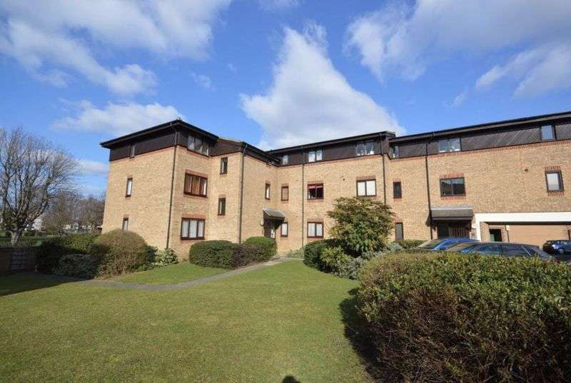 1 Bedroom Property for sale in Cotleigh Road, Romford