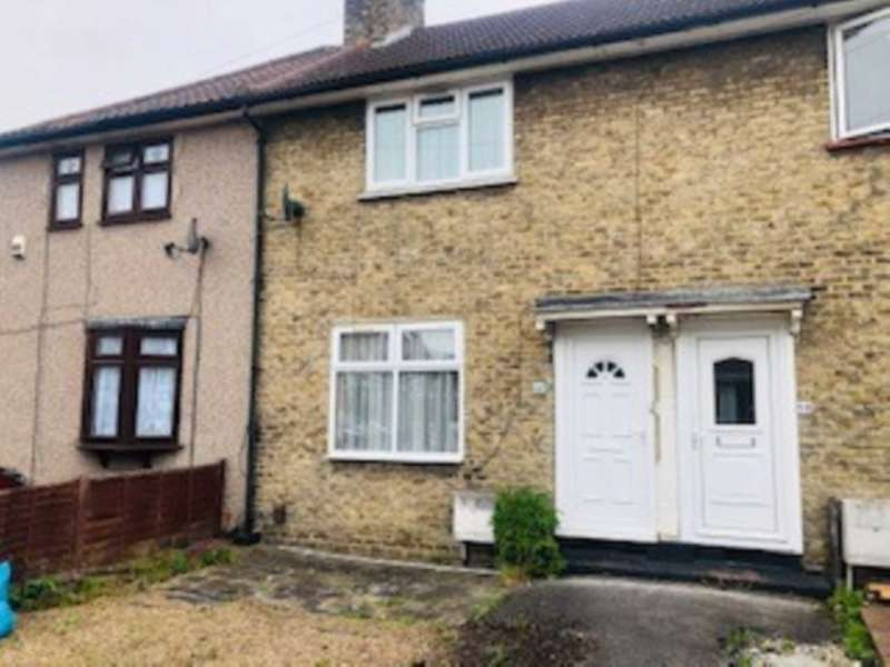 2 Bedrooms Terraced House for sale in Manning Road, Dagenham