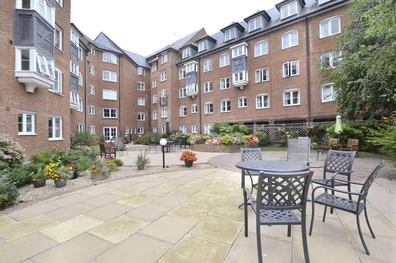 2 Bedrooms Flat for sale in Westgate Street, Gloucester, GL1