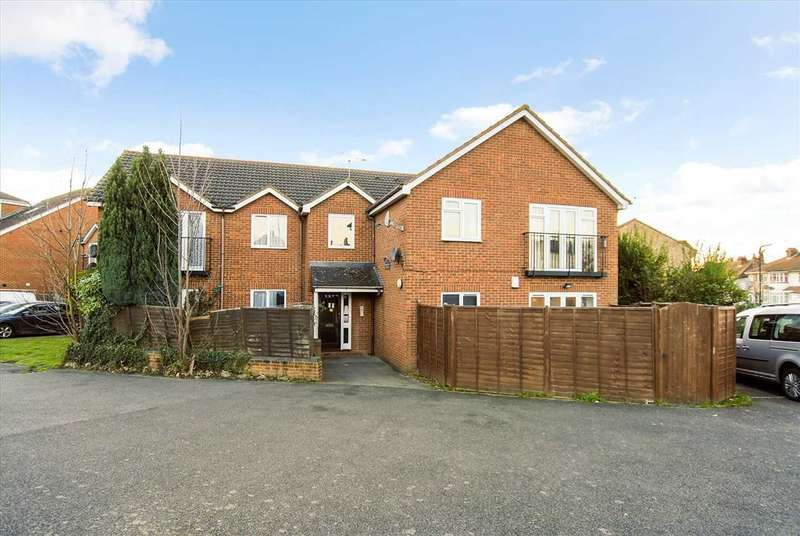 1 Bedroom Apartment Flat for sale in Bower Court, Cippenham, Slough