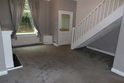 2 Bedrooms House for rent in Hardy Street, BB1