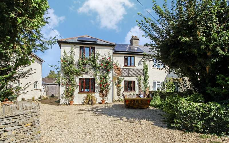 3 Bedrooms Semi Detached House for rent in Maidencroft Cottages, Kempsford, Fairford