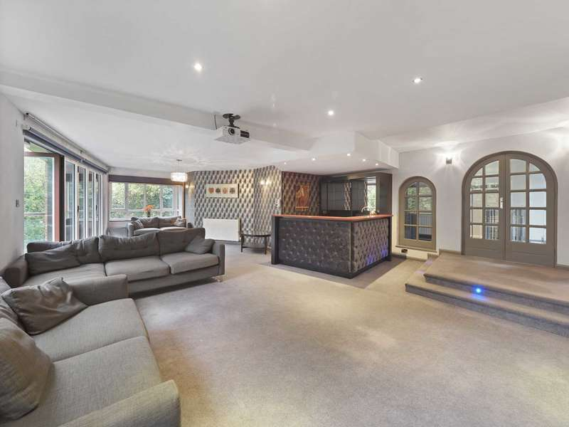 3 Bedrooms Penthouse Flat for sale in Spath Road, Didsbury