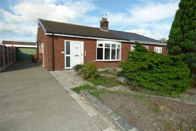2 Bedrooms Bungalow for rent in Holker Close, Houghton