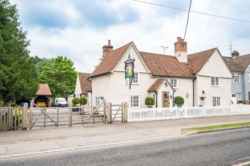 5 Bedrooms Detached House for sale in Nunnery Street, Castle Hedingham, Halstead