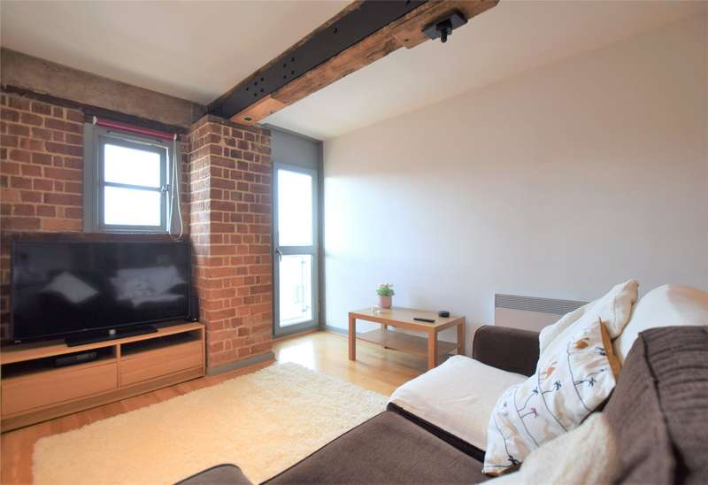 2 Bedrooms Flat for sale in Double Reynolds Warehouse, The Docks, GLOUCESTER, GL1