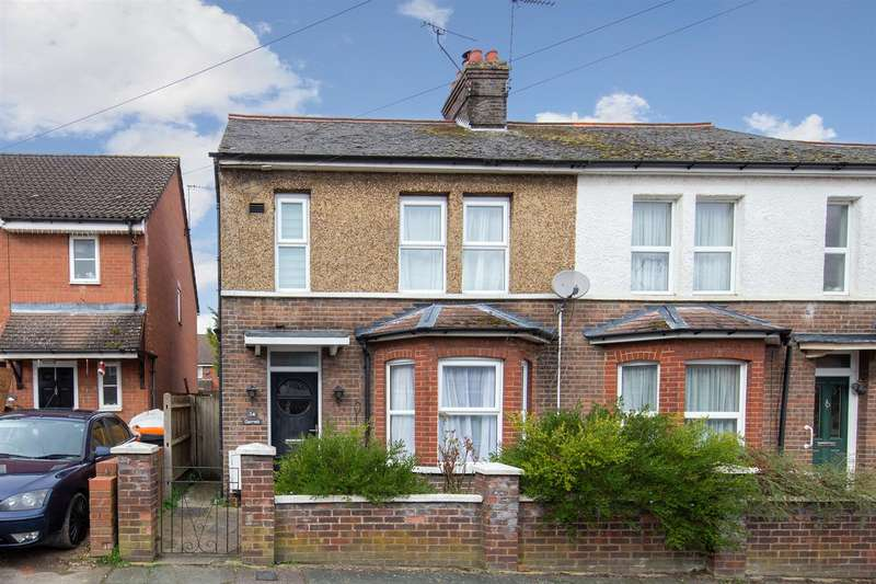3 Bedrooms Semi Detached House for sale in Clifton Road, Dunstable, Bedfordshire