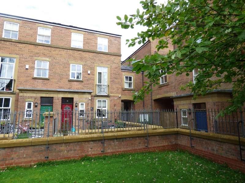 4 Bedrooms Semi Detached House for sale in Preston, Lancashire