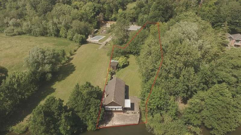 2 Bedrooms Land Commercial for sale in The Warren, Reading