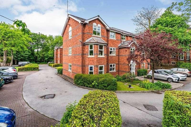2 Bedrooms Flat for rent in Queenscroft, Eccles, Manchester, M30