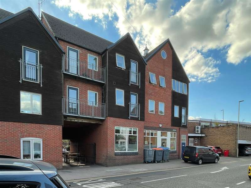 2 Bedrooms Apartment Flat for rent in Sycamore Street, Blaby, Leicester