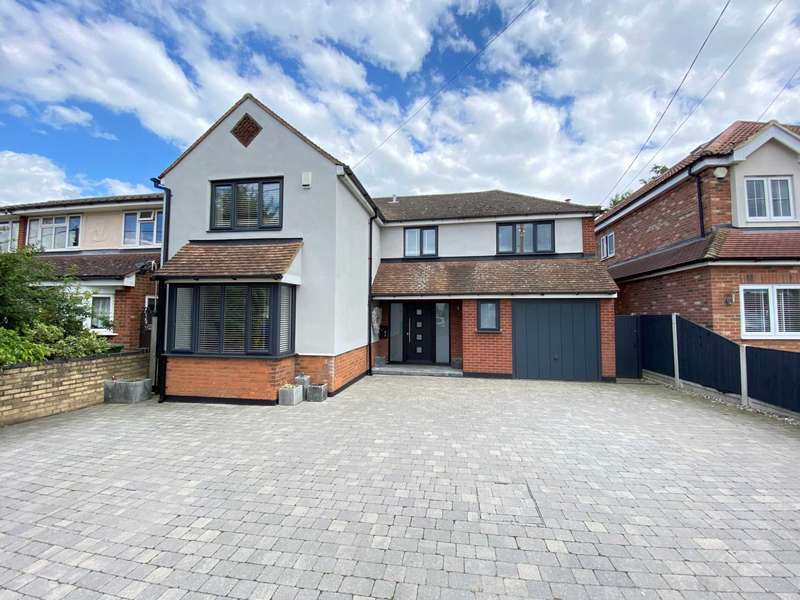 5 Bedrooms Detached House for sale in The Avenue, Billericay